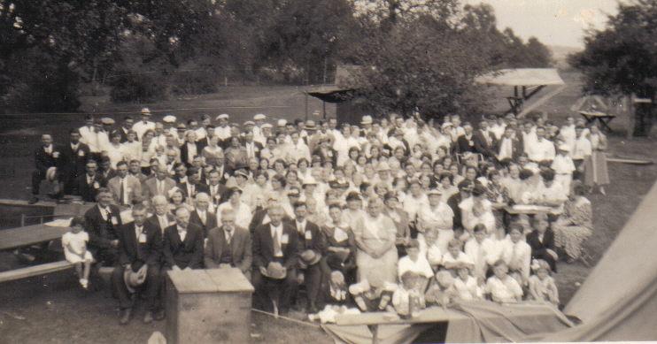 Group Photo of Seidemann Reunion