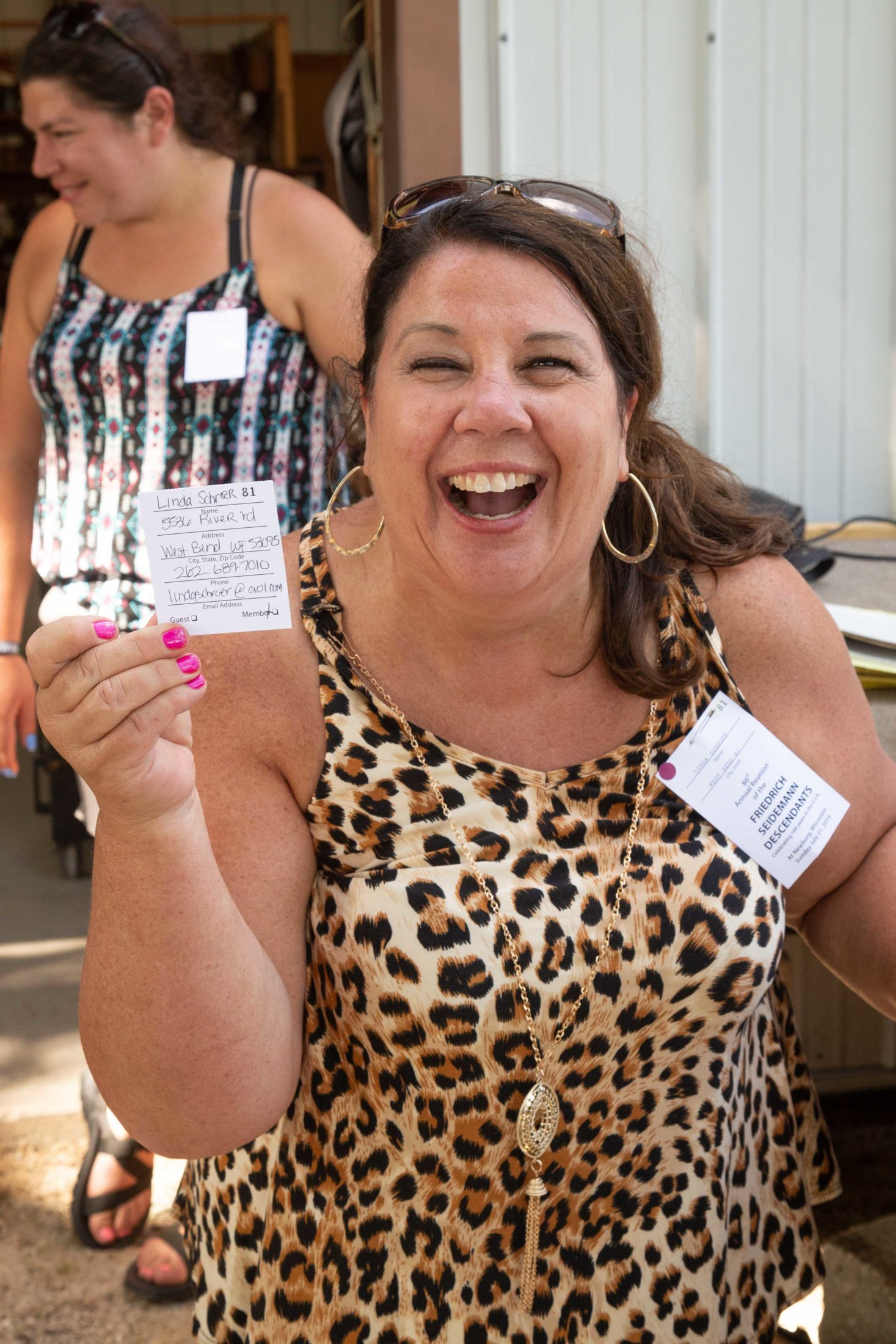 Linda Picks Her Own Ticket For A Door Prize. Way To Go Linda. I Bet You Can't Do That Again.